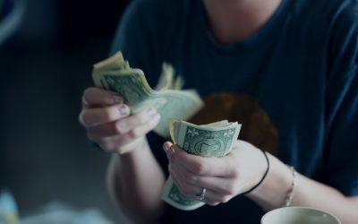 Hvordan ansøger man om et akut lån?